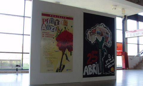 /educacao/noticias-e/859-pintar-abril-decorre-na-estacao-da-fertagus